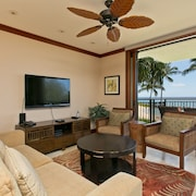 3/28-4/3 Special $580=>$400/n Beach Front Unit! Luxurious Ko Olina Ocean Front