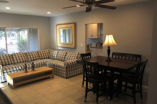 Vacation or Executive Rental in the Heart of Orange County