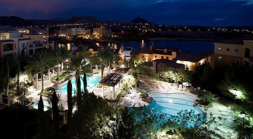 Exclusive 2 Bdrm 2bath Condo With Lake/pool View IN Lake LAS Vegas