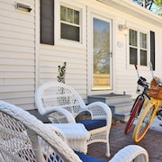 Lighthouse Cottage Rental in the Heart of Historic Beaufort North Carolina