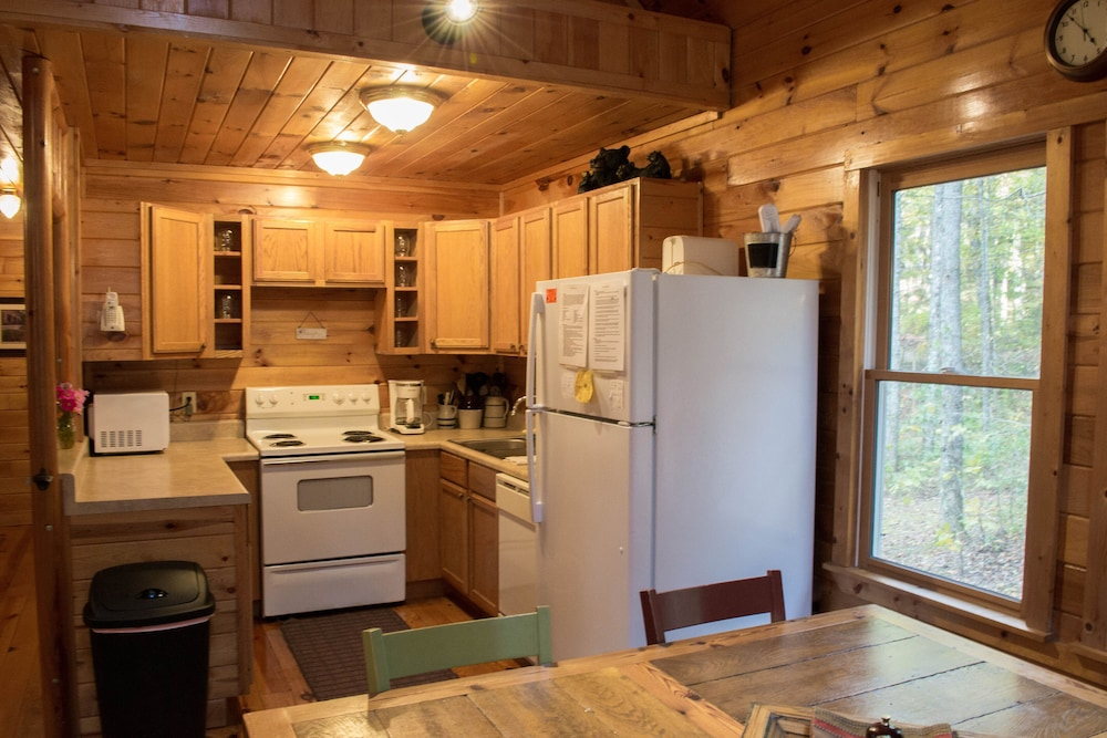Private Kitchen, Just Steps Away From the Appalachian Trail