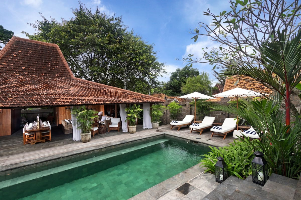 Stunning Wooden Luxury Private Villa Bali In Canggu Staycation Bali 2021 Room Prices Deals Reviews Expedia Com