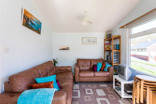Milkwood, A Lovely Three-bedroomed Chalet, Sleeps Five