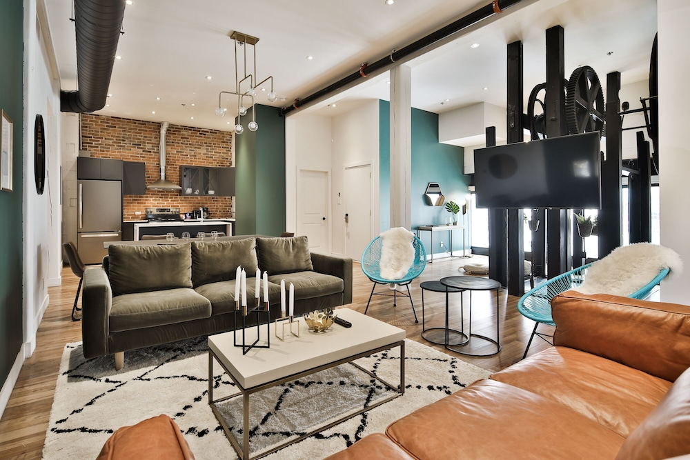 Dacoh  Designer Luxury Apartment Waterfront In Montreal ...