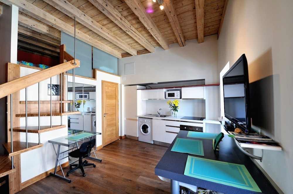 Featured Image, LE Cygne, the Loft Apartment Classified 3 Stars
