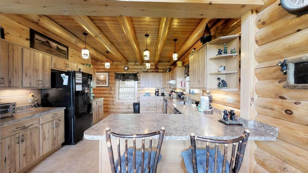 Private Kitchen, Soaring Eagle Lodge