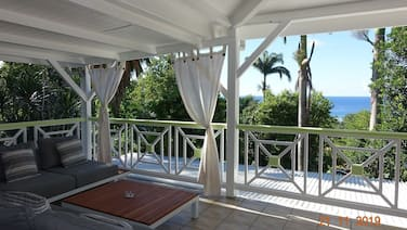 Green House, Villa Rental in Deshaies in Guadeloupe