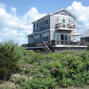 Oceanfront Beachhouse--private Beach, Stunning Views, Wifi, A/C