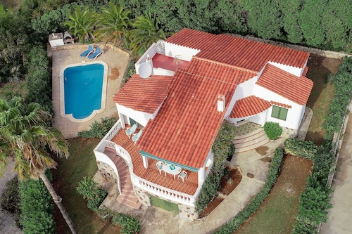 Villa With Private Pool and sea Views Peaceful Location 5minutes From the Beach