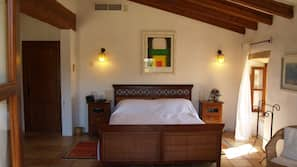 3 sovrum, strykjärn/strykbräda, barnsängar och wi-fi