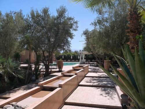 Hotels 1 Etoile A Tounsi Ebookers Fr