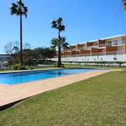 Beautiful Apartment Only 600m From Castelo Beach With a/c
