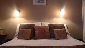 In-room safe, iron/ironing board, wheelchair access