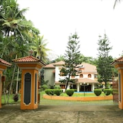 Fully Furnished Luxury Home -Spacious Family Friendly House- in Kottayam