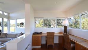 Microwave, dishwasher, coffee/tea maker