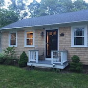 NEW Listing Marthas Vineyard - Newly Renovated Home