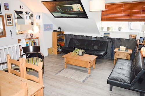 Cosy 1 Bedroom Flat on Gloucester Road North