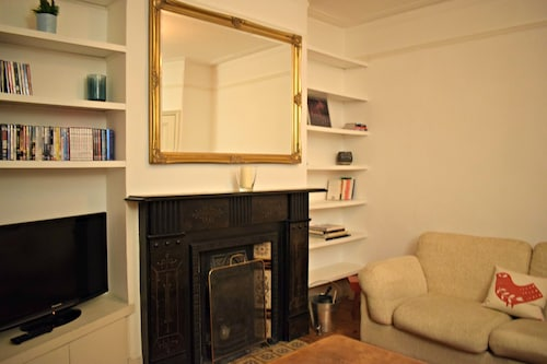Cosy 2 Bedroom House in East Dulwich
