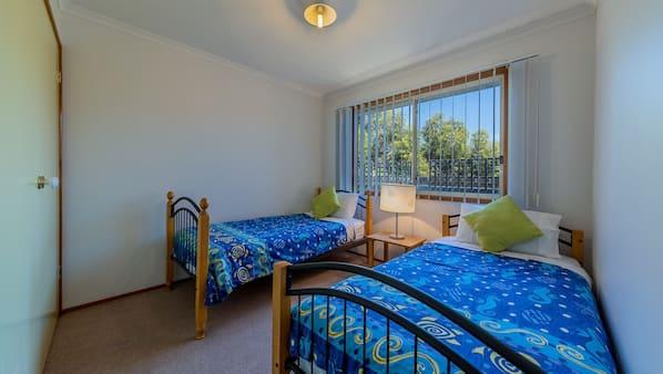 3 bedrooms, iron/ironing board