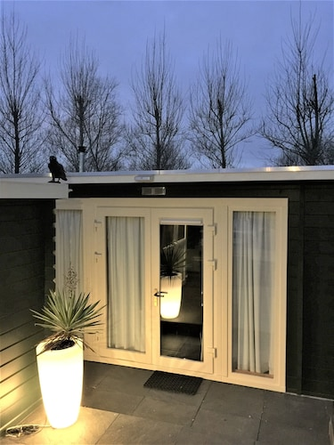 Close to Amsterdam Gardenhouse With Private Pool, Sauna