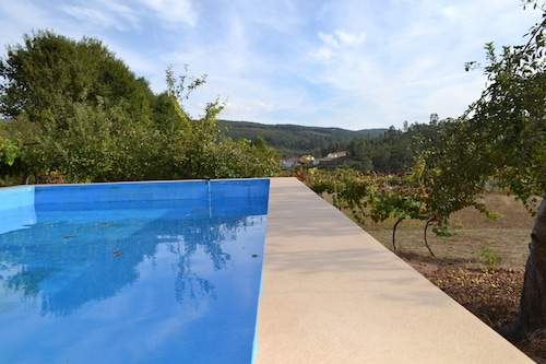 Cheap Holidays: Country House With 6 Bedrooms and Swimming Pool - Ideal for Groups