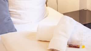 1 Schlafzimmer, Allergikerbettwaren, individuell eingerichtet
