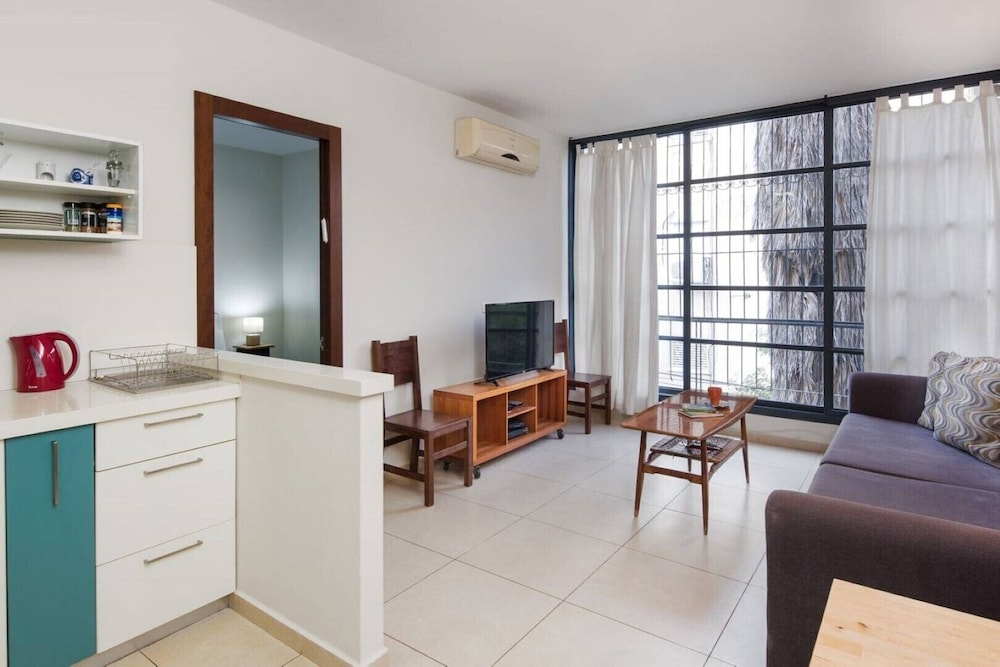 Apartment With 2 Bedrooms Center Of Tlv Renovate 2019 Room Prices Deals Reviews Expedia