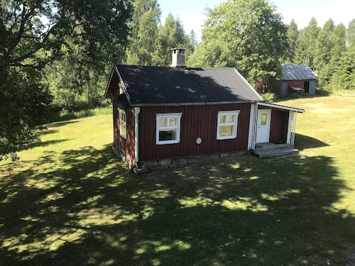 Charming Cottage on the Lake on the Farm Söderlund Near the Norwegian Border