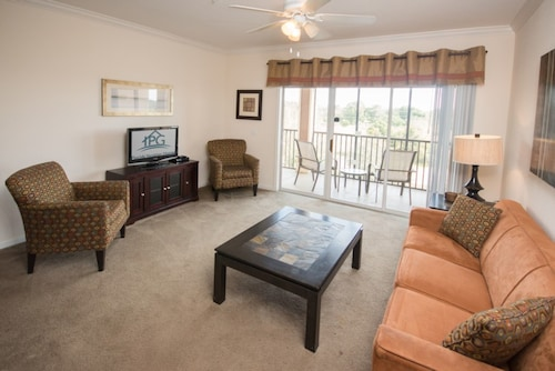 Palisades Resort 14200 #302