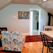 1 Bedroom Apartment With Mountain Views