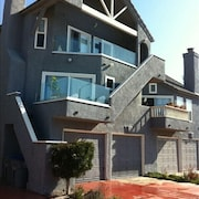 Ocean and Beach View Townhouse on Mandalay Beach in Oxnard, Ca