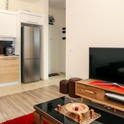 Hosthub Apartment at Green Diamond C2