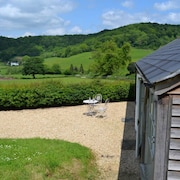 A one Bedroom Self Catering Property in an Idyllic Valley Setting