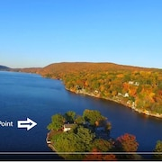 Rocky Point- Aboslutely the Best Location on Greenwood Lake! 1 Hour From NYC