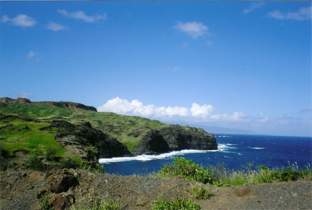 Beach, Aloha on Maui! Updated Studio With the Luxury of Home~ Inquire Now~