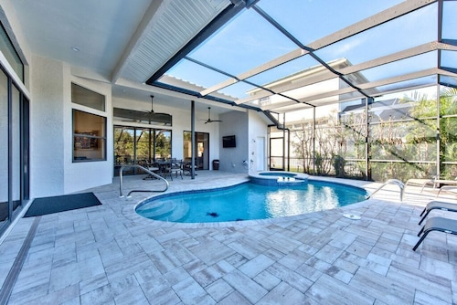 Naples Beach Luxury Vacation Private Home; Canal View! Recently Renovated; Private Pool & Hot Tub!