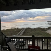 Salty Air Retreat - Oceanfront 3 BR Condo w/ Garage!