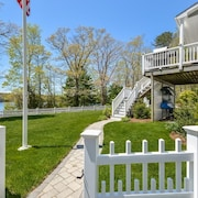 Beautiful Waterfront Vacation Home With a Private Dock