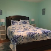 Seafoam Shore Bed and Breakfast