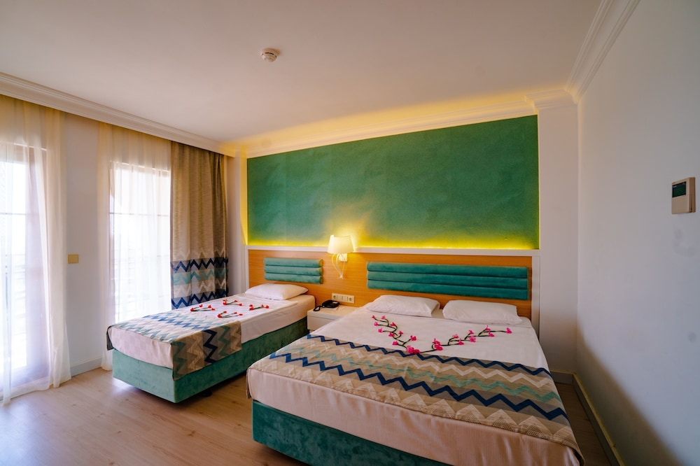 Room,  FUN&SUN Life Side - All inclusive