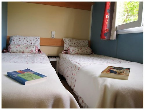 Room, Camping Maceira