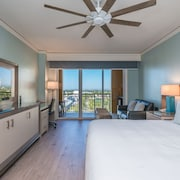Luxurious Studio Unit at the Ritz-carlton Key Biscayne