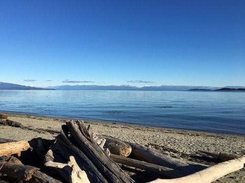 Parksville - Family Friendly Oceanside Village, Reduced Spring Prices!