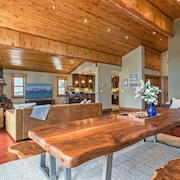 Luxury Tahoe/donner Home W/mountain Views, Sauna & Hot Tub! - 6 Bed / 4.5 Bath