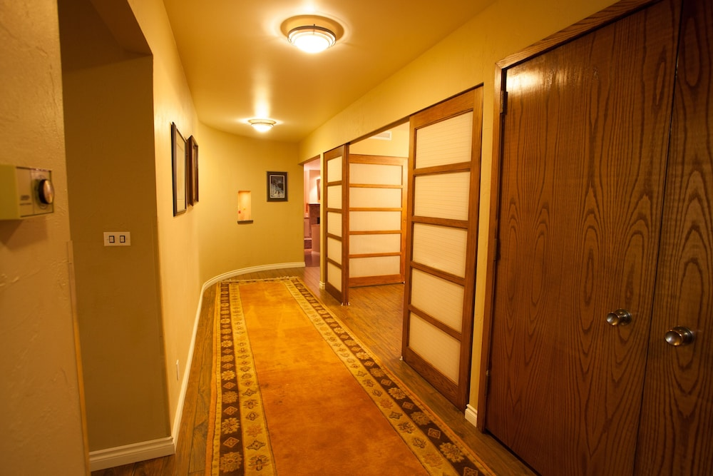 Interior, Executive Suite in the Heart of Downtown Fairbanks