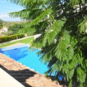 Apartment With Garden IN CAP Roig - Close TO THE Beach APT 02 113