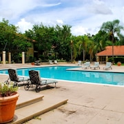 High-season Discount!pool and Jacuzzi!2bed /2bath Condos on Spring Sale!book NOW