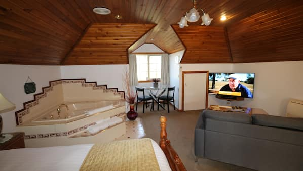 1 bedroom, pillow-top beds, iron/ironing board, free WiFi