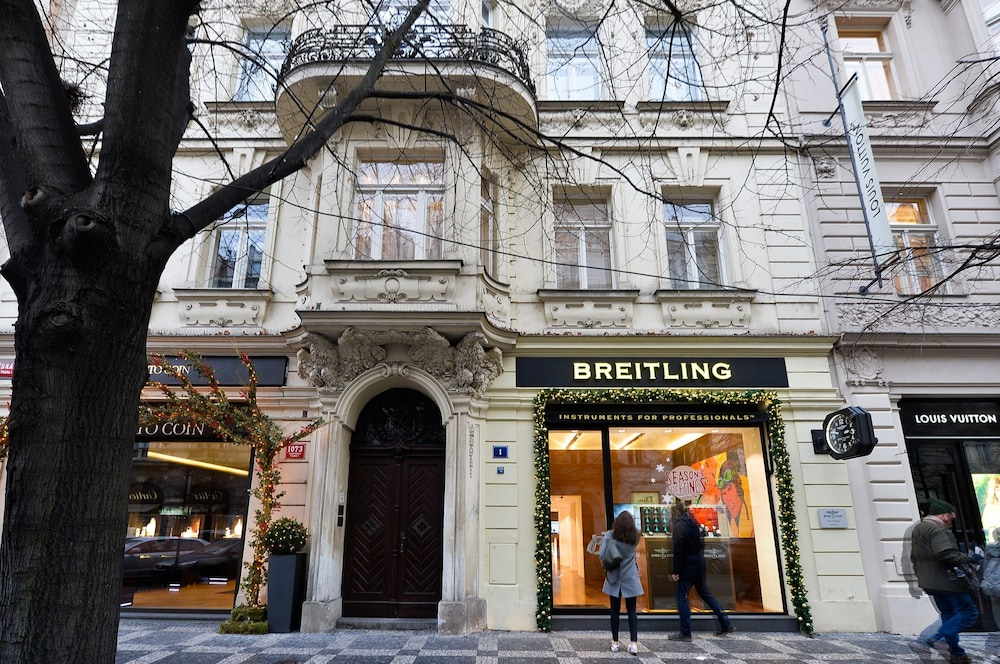 8842ba25e2 Premium Apartment Next to Louis Vuitton Building - Prague Old Town 0.0 out  of 5.0