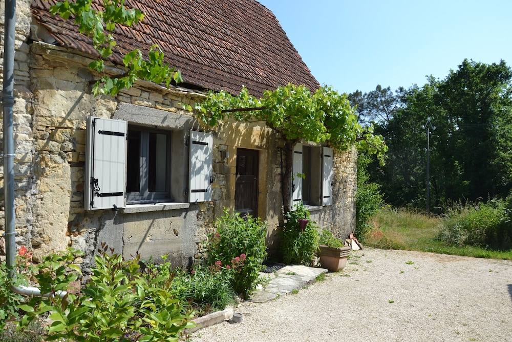 57850223f909 Luxury Country Cottage Close te Lively Village on Lot Dordogne Border 0.0  out of 5.0. Featured Image